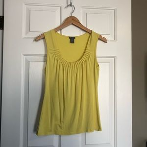 ⭐️🌸3/$25💜 Ann Taylor yellow tank
